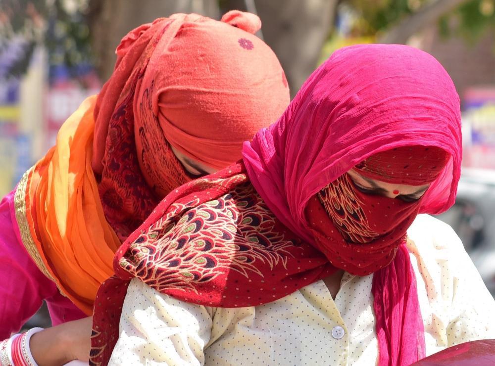 The Weekend Leader - Jammu sizzles at 42.9 C, Srinagar records 33.8