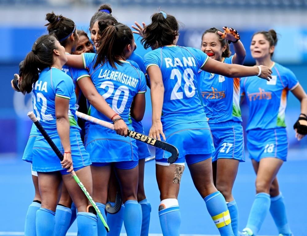 The Weekend Leader - Stalin wishes Indian women's hockey team for Olympic Gold