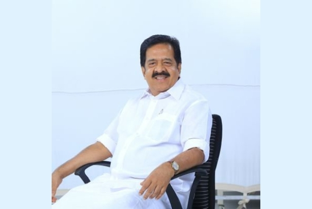The Weekend Leader - Vijayan afraid that Life Mission probe may reach him: Chennithala