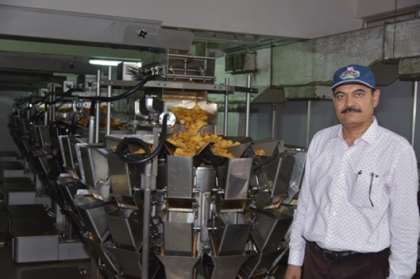 Chandubhai Virani, who started making potato wafers and bacome a 1800 crore group
