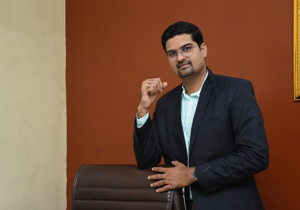 The Weekend Leader - Karan Chopra, Founder, Chirayu Power Private Limited | Success Story