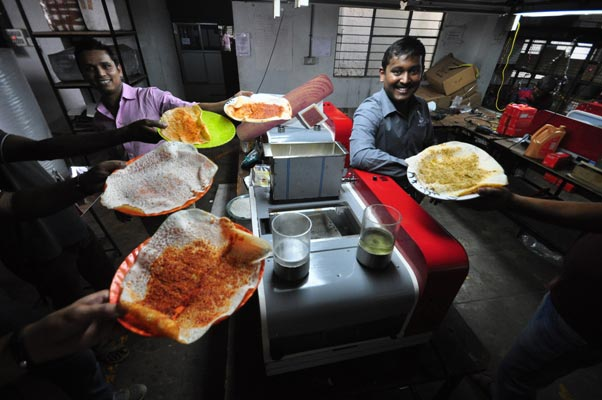 Bengaluru college boys make world's first counter-top dosa making machine