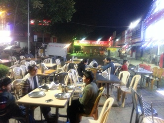 The Weekend Leader - Chandigarh dhaba woos diehard non-vegetarians with its mouth watering dishes  | Culture | Chandigarh