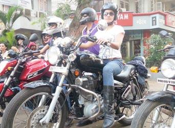 The Weekend Leader - Thrill girls