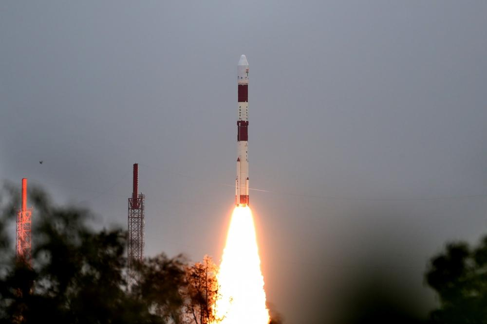 The Weekend Leader - Andhra Guv, CM congratulate ISRO on successful launch of PSLV-C49