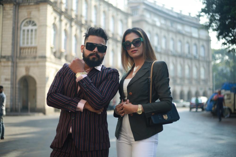 The Weekend Leader - Jugaadi Adda | Akshay Pramod Rane and Dhanashree Gharat, Founders | Fusion Vada Pav Chain | Success Story
