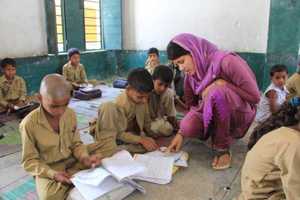 Schooling girls