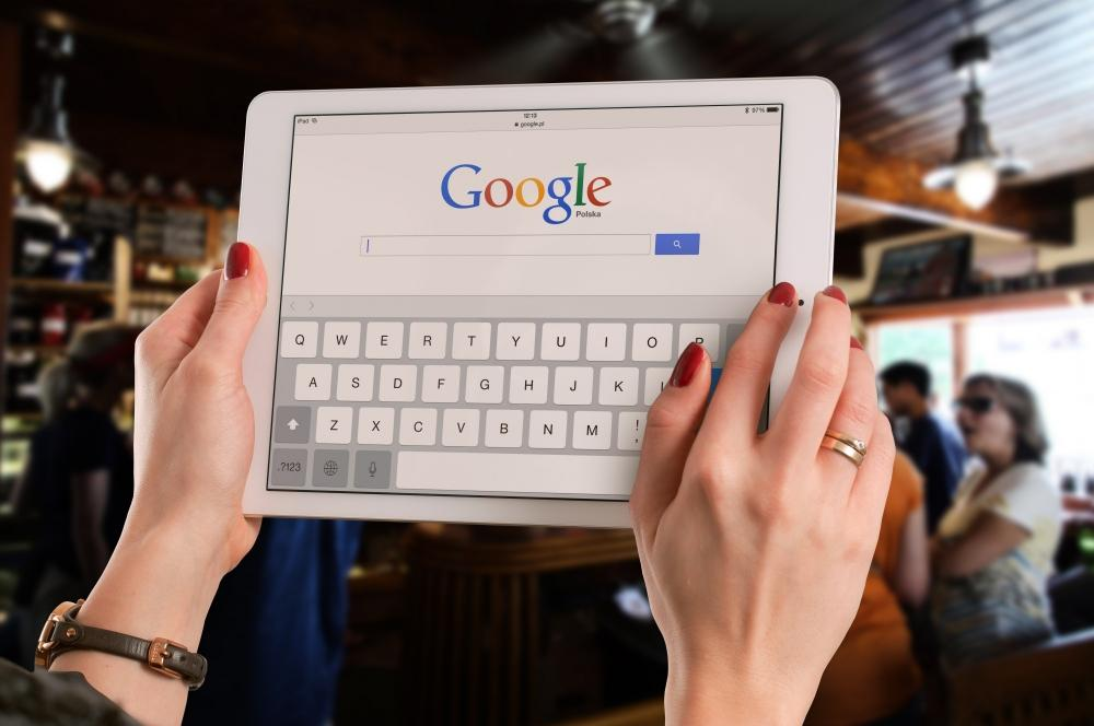The Weekend Leader - Google to stop charging Android search providers in Europe from Sept 1