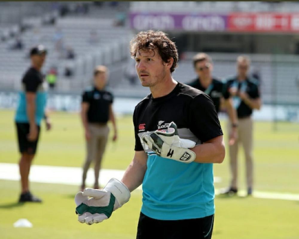 The Weekend Leader - NZ gloveman Watling out of penultimate career Test with sore back