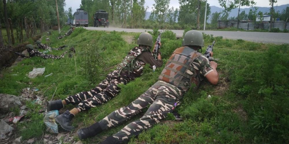 The Weekend Leader - Pakistan violates ceasefire in 3 Sectors on LoC in J&K