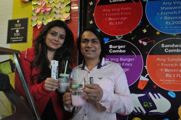 Mumbai couple's juice chain doing roaring business