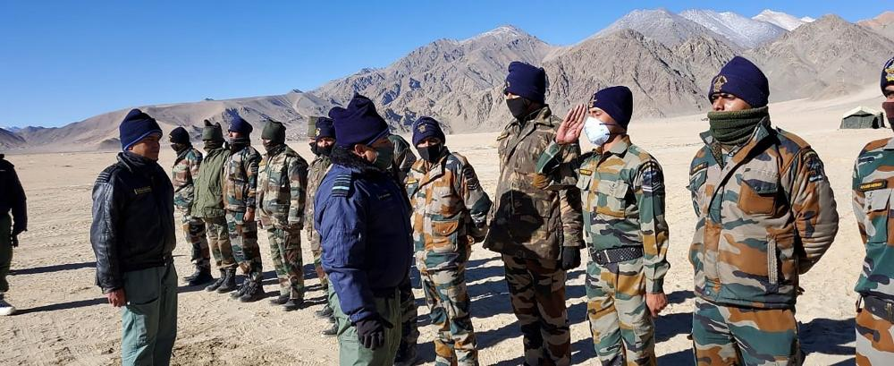 The Weekend Leader - IAF chief reviews operational preparedness in Ladakh