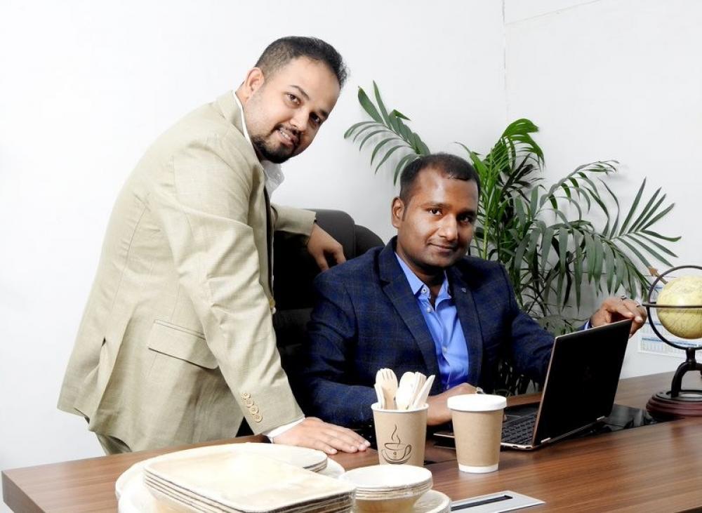The Weekend Leader - Vaibhav Jaiswal and Amardeep Bardhan | Prakritii Cultivating Green | Biodegradable Dinnerware | Areca Leaf Plates and Bowls