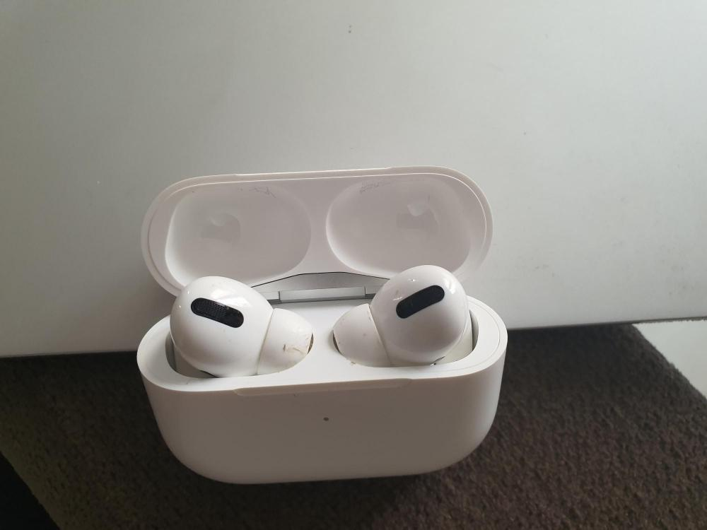 The Weekend Leader - AirPods 3 to launch next week along with M1X MacBook Pro: Report