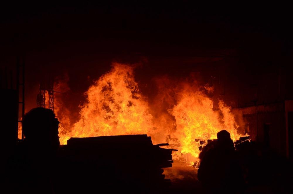The Weekend Leader - Gas tanker truck explosion kills two in Uzbekistan