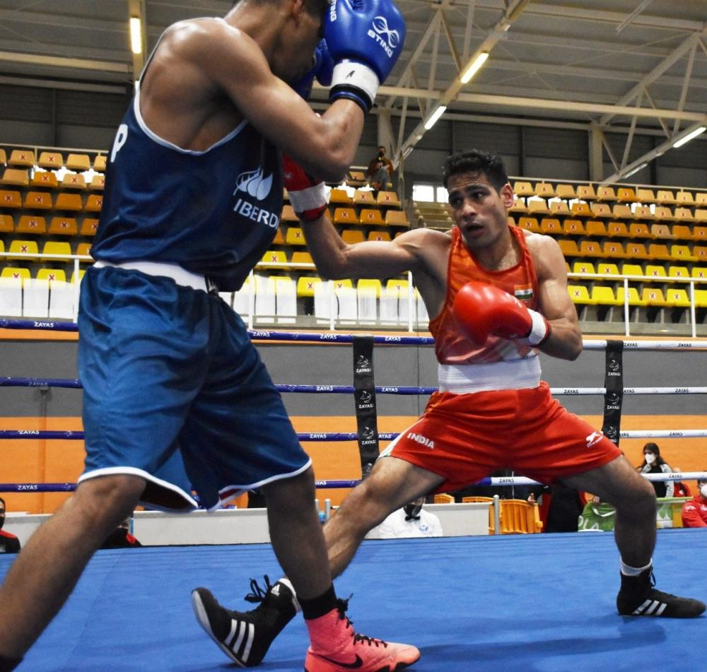 The Weekend Leader - National Boxing: Hussamuddin sails into the quarterfinals on Day 4