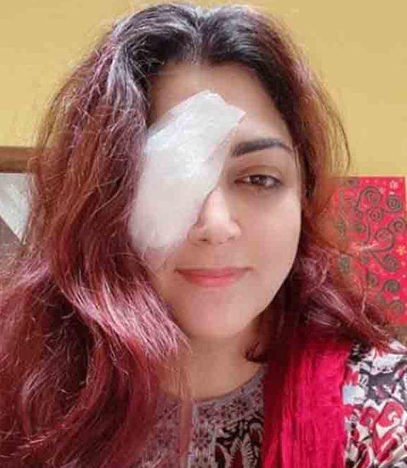 Khushbu Sundar undergoes eye surgery