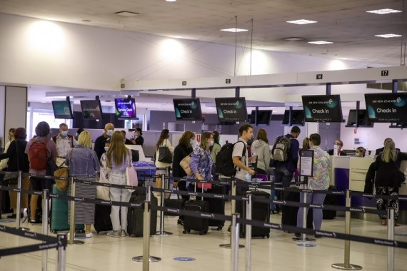 The Weekend Leader - Australia in talks with airlines on vax passports