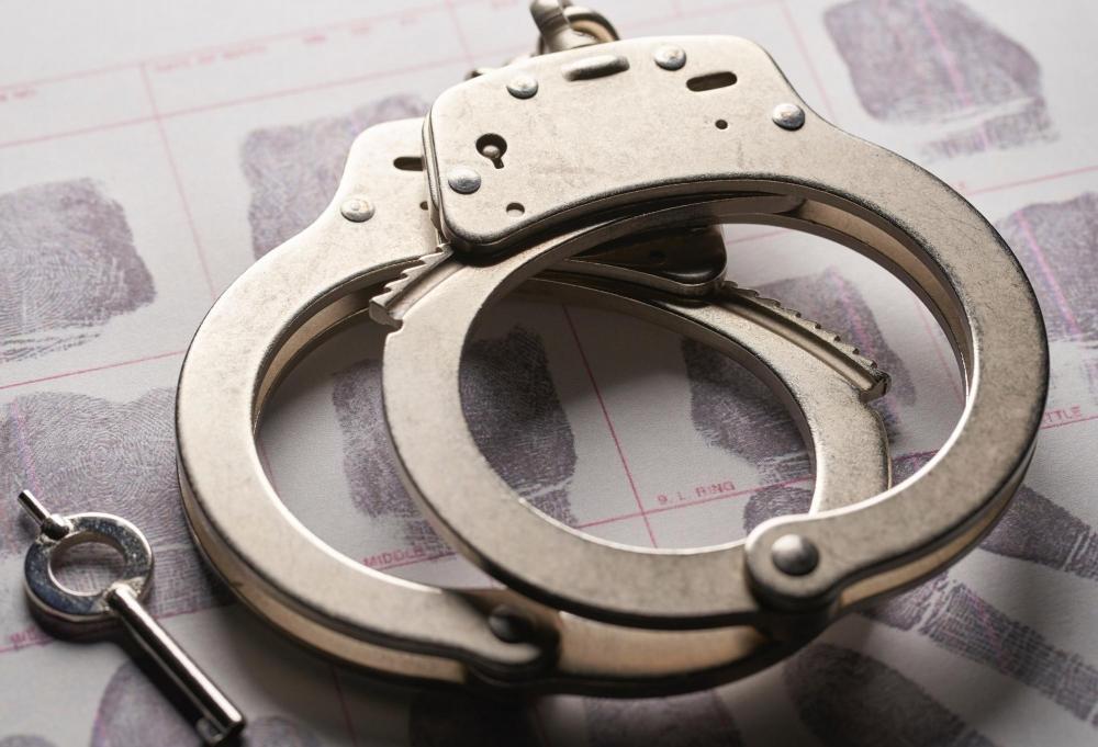 The Weekend Leader - Bengaluru police bust fake Covid certificate racket, arrest 2 doctors