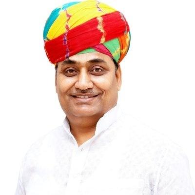 Rajasthan changes govt schools' uniform, oppn BJP sees red