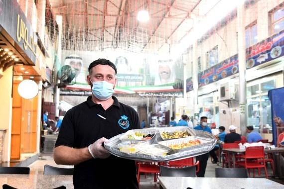 The Weekend Leader - Restaurants, cafes in Kuwait restart dine-in service