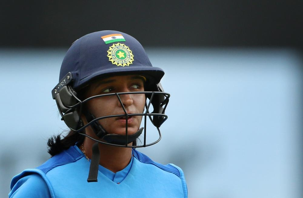 The Weekend Leader - India women cricketers need a players' body: Guha