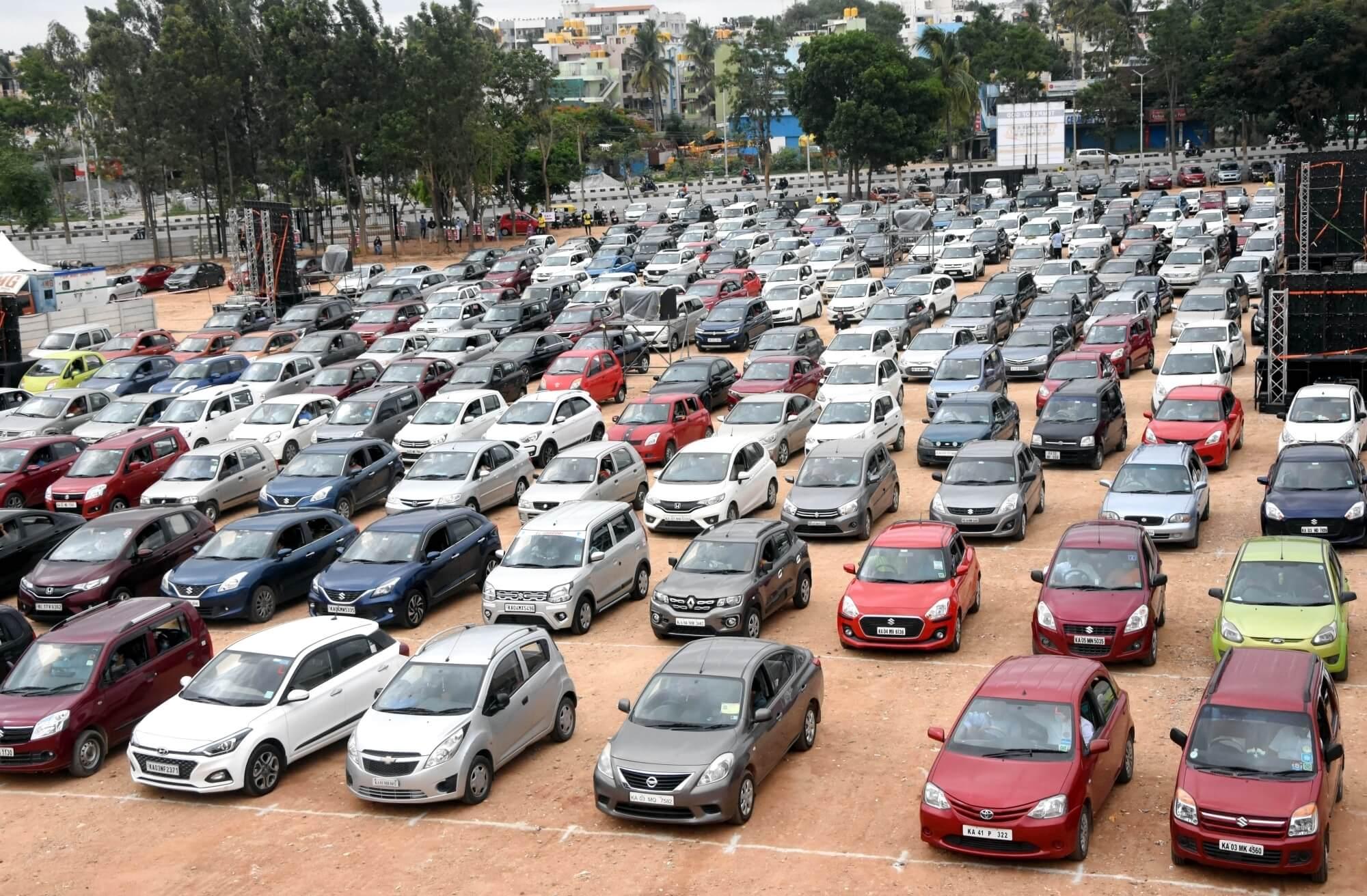 Amazon starts selling car, bike insurance in India