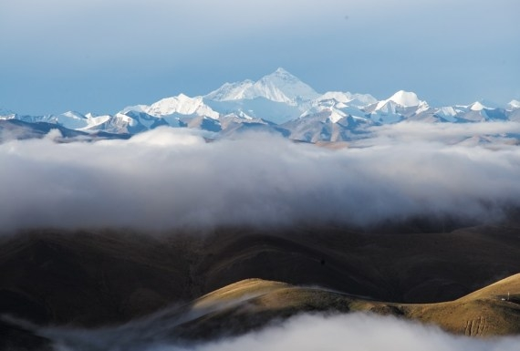 The Weekend Leader - Airlines in Nepal to resume flights over the Himalayas
