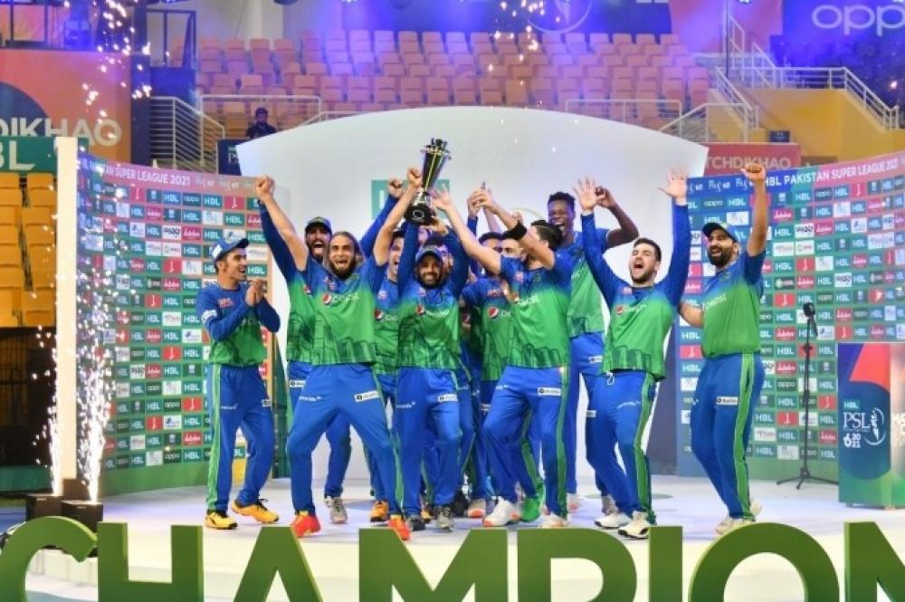 The Weekend Leader - Maqsood, Rossouw guide Multan Sultans to PSL-6 title