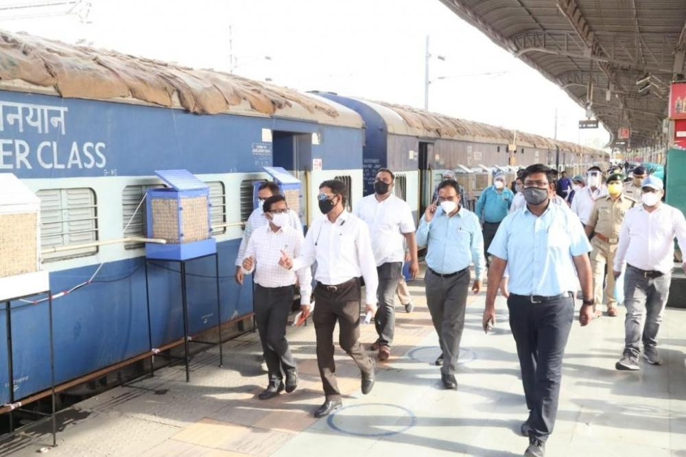 The Weekend Leader - SCR cancels 10 trains due to low occupancy