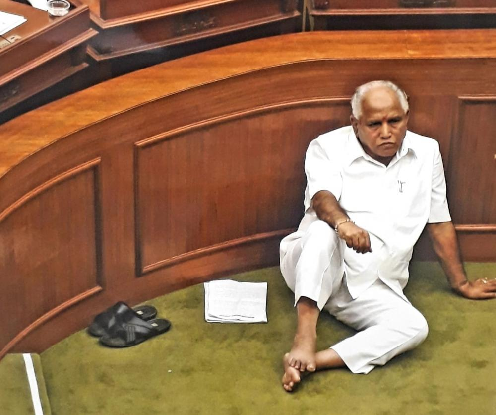 The Weekend Leader - Will Yediyurappa leave it to the party to decide on new CM?