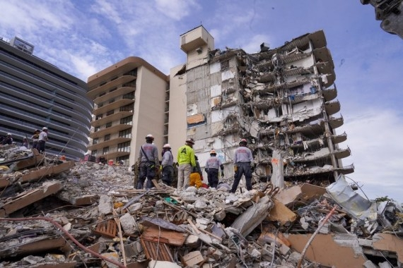 The Weekend Leader - Florida condo collapse toll reaches 98