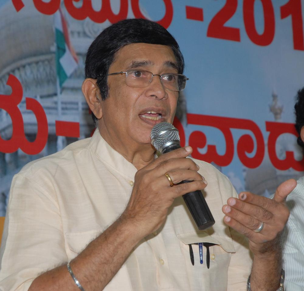 The Weekend Leader - Cong veteran Oscar Fernandes undergoes surgery, condition stable