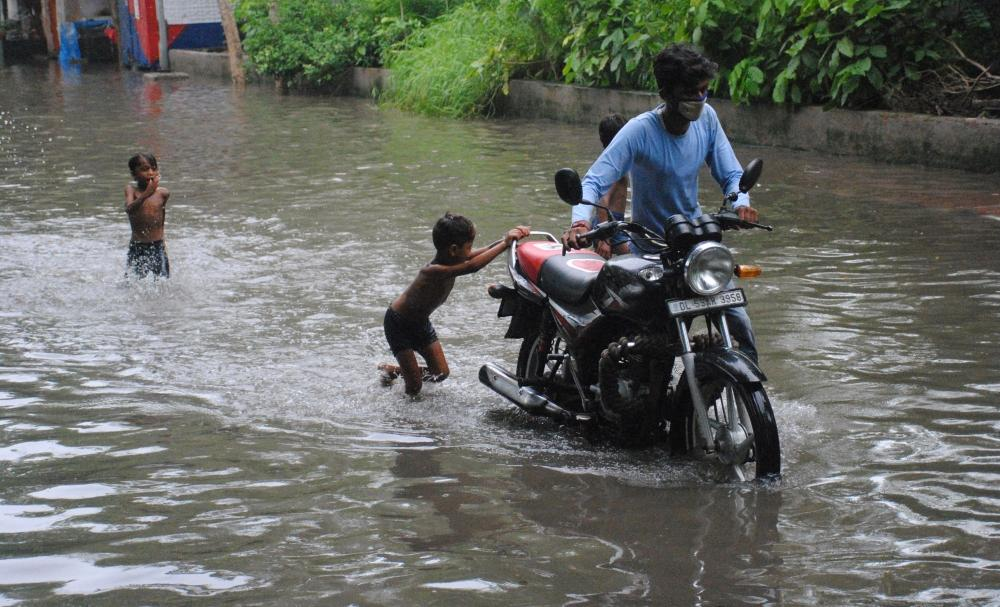 The Weekend Leader - Very heavy rains batter Delhi-NCR, northwest India