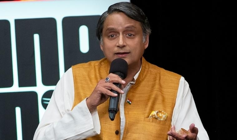 Shashi Tharoor in firing line of party colleagues in Kerala