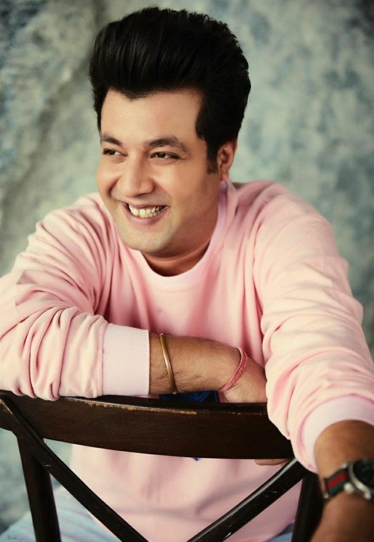 The Weekend Leader - Varun Sharma on hosting IPL: I feel blessed, it's super fun