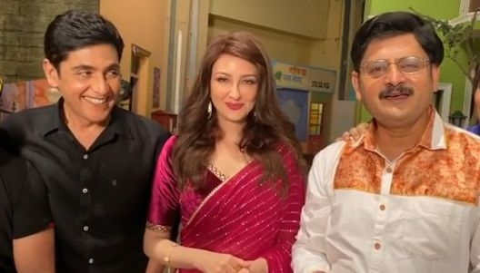 The Weekend Leader - 'Bhabiji Ghar Par Hai' cast nostalgic as show completes 1,600 episodes