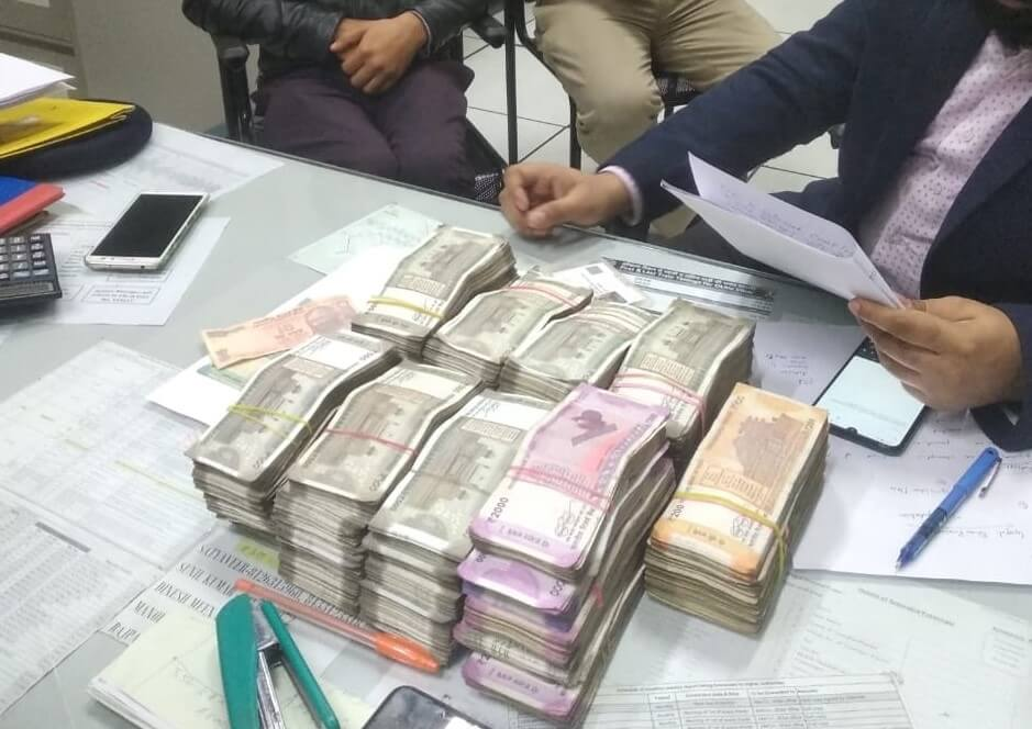 13 lakh PF account holders withdraw Rs 4,684.52 crore  ?