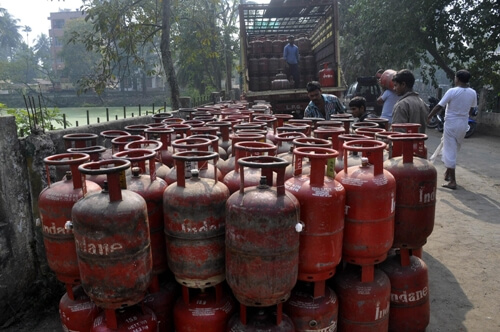 LPG delivery boys to spread awareness on face masks, hand-washing