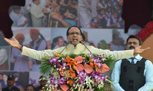 Shivraj expands cabinet with 5 ministers, 2 from Scindia camp