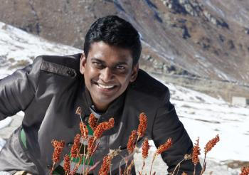 The Weekend Leader - Kaththi critic IAS officer Alex Paul Menon speaks out