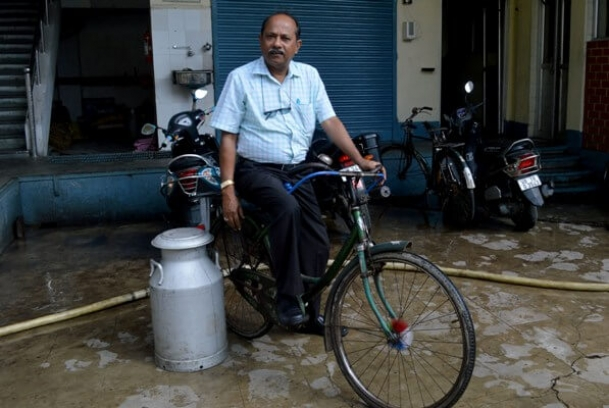 Man who sold milk on a bicycle owns Rs 300 crore turnover company
