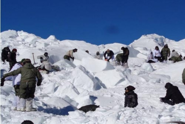 Ex-navyman offers to donate any organ for Siachen survivor