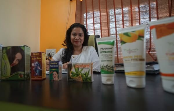 How a Dawoodi Bohra Girl Fought a Hard Battle to Set Up Her Own Herbal Products Enterprise