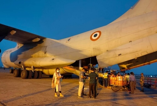 IAF lifts personnel, 3,500 kg of medical equipment from Chennai to Bhubaneshwar
