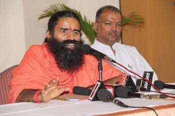 The Weekend Leader - Ramdev declines Padma Vibhushan