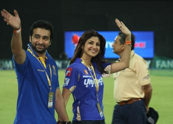 The Weekend Leader - CSK, Royals suspended for two years from IPL