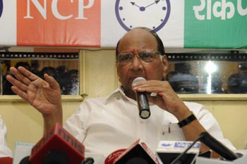 Dawood's surrender offer was conditional, so rejected: Pawar