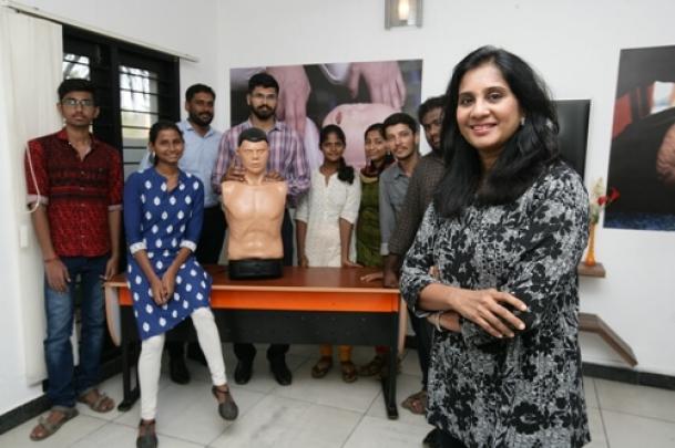 The Weekend Leader -  Story of Kala Balasundaram, founder, Alert NGO, Chennai