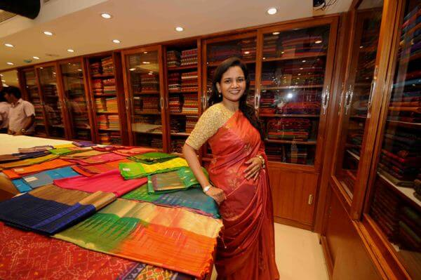 Metamorphose of Nalli silks by a young woman